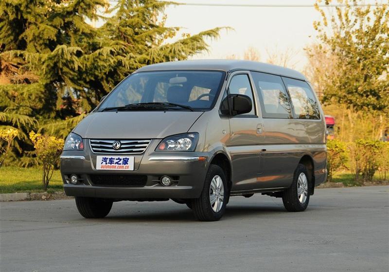 2013款M5 QA 2.4L 7座短轴豪华型