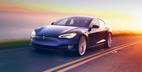 马斯克暗示自动驾驶处beta阶段 待行驶超10亿英里才结束