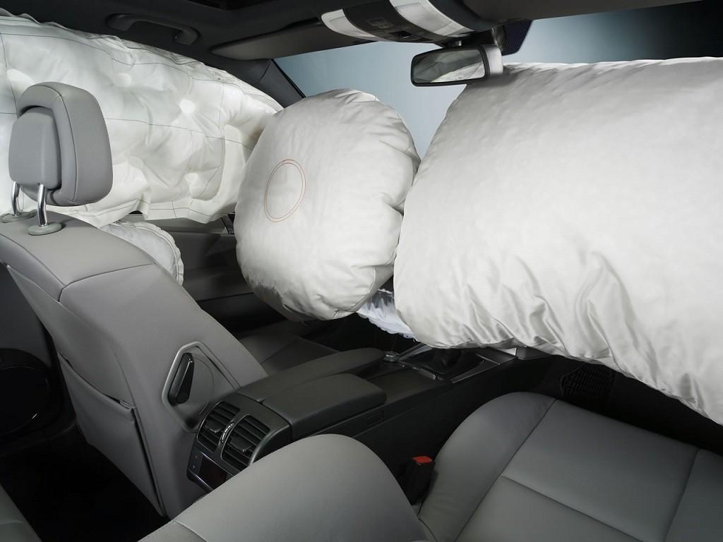 美权威测试:驾驶席在撞击时比副驾更安全