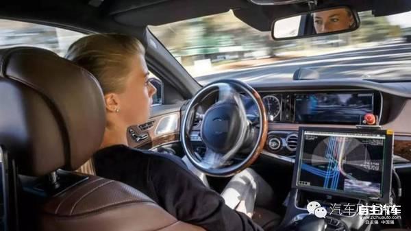 在特斯拉汽车的鲶鱼效应带动下,美国三大传统汽车厂商无不发力于无人驾驶汽车。其中通用汽车宣布首款全自动汽车将率先在其投资5亿美元的Lyft汽车租赁共享平台上发布。这也是其战略远见之处,因为未来只有无人驾驶汽车才能使得汽车租赁的打车共享平台获得最大的发展空间,同时也是未来传统汽车厂产能的最大出口。Lyft正在被改造成为一个能够适应自动驾驶汽车需要的网络平台,至于具体车型似乎Bolt EV最具代表性。据通用汽车的一位高管宣称,Bolt EV是专为城市交通设计,同时还考虑了共享服务的需求。   同时,今年3