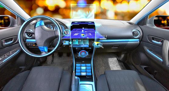 基于5G的自主车车通信技术,对汽车自动驾驶及无人驾驶至关重要。具体而言,无人驾驶汽车需要通过传感器等看或感知到外部环境后,才能自动规划行车路线并控制车辆到达预定目标。且实现汽车自动驾驶乃至无人驾驶,白天简单、白天复杂、夜间简单、夜间复杂的四种气象条件均保证100%可靠行驶,因此需要通信技术和其他技术相配合。 车载信息服务产业应用联盟(TIAA)秘书长庞春霖指出对于智能汽车和智慧交通而言,传感器、通信技术犹如左右两只眼睛,发挥不同的作用。目前,图像传感器、毫米波雷达、激光雷达这一左眼因技术原因,