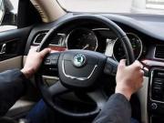 科目二怎样打方向盘 汽车方向盘打法