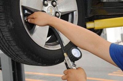 夏天汽车胎压多少合适