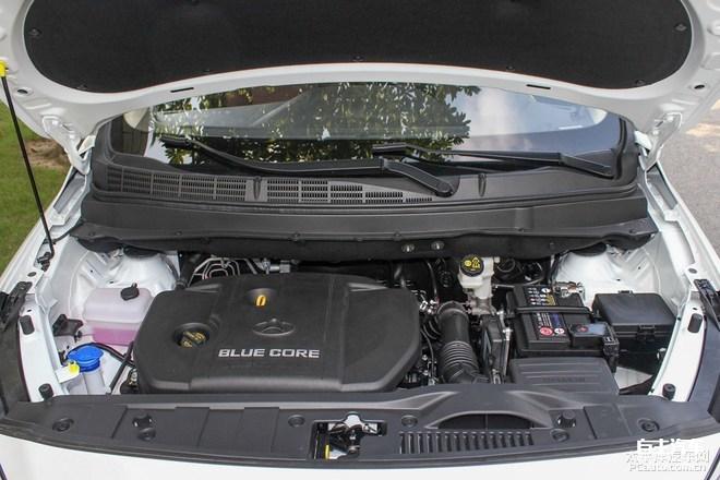 长安欧尚A800新车型正式上市 售7.19万元